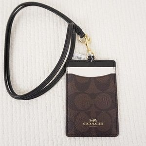 New COACH ID Lanyard Case Signature Canvas Brown